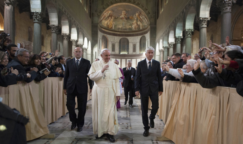 Catholics give praise to Pope Francis