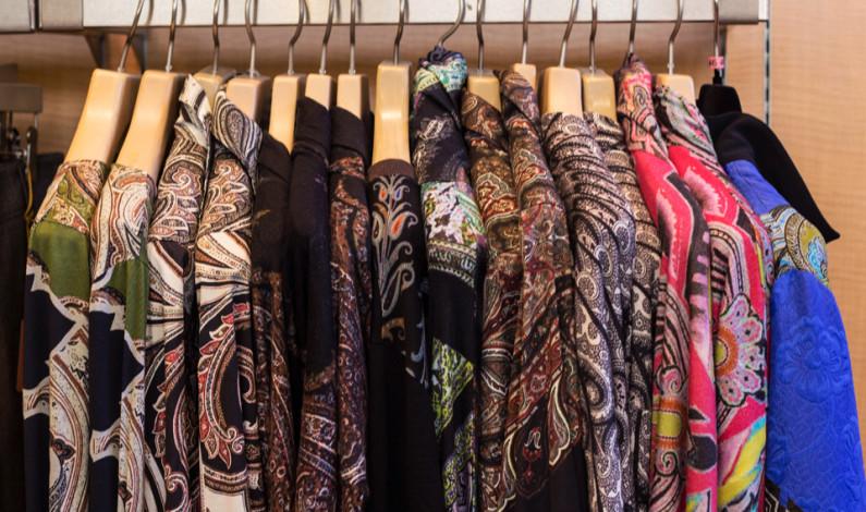 Fall fashion 2014, a similar season arises: men's stays static,  while women's evolves