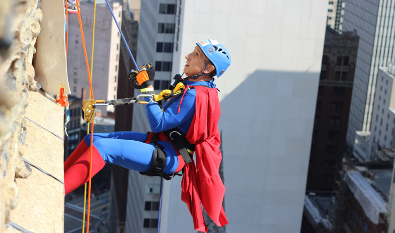 Rappellers fight fear, gravity to fundraise