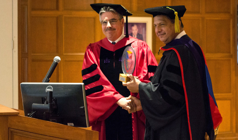 Costa Rican president stops by DU for degree
