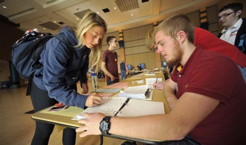 Low voter turnout plagues midterms