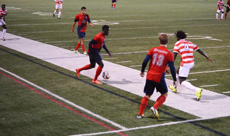 Men's soccer drops first A-10 matchup of season