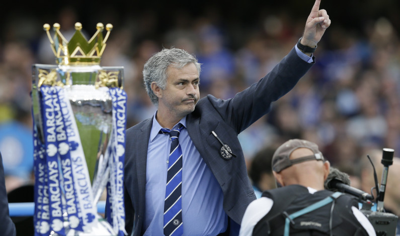 Mourinho out as manager of Chelsea Football Club