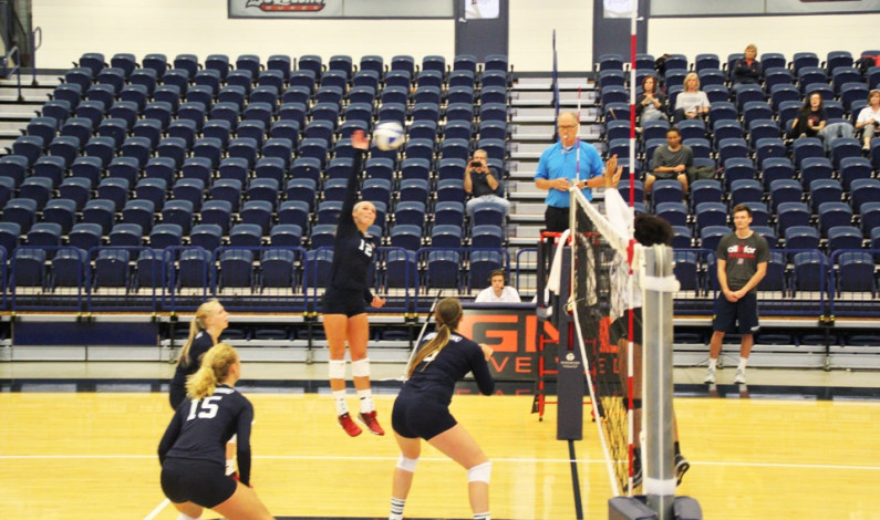Duquesne volleyball shuts out RMU 3-0