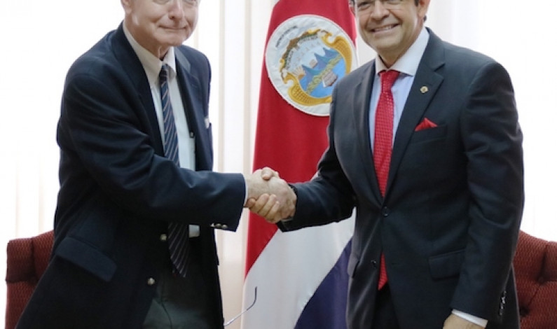 Law school renews unique agreement with Costa Rica's Supreme Court
