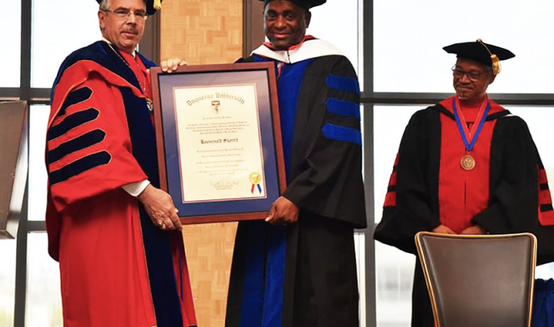 Dominica prime minister receives honorary degree from DU