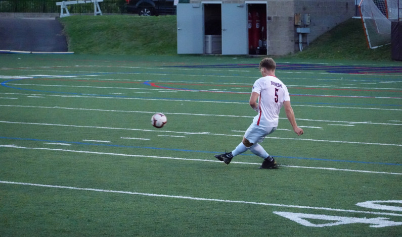 Men's soccer stays undefeated, beats Niagara