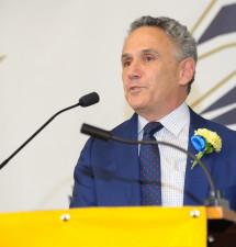 MBB head coach Dambrot honored at previous job