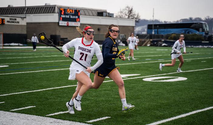 Women's lacrosse beats Canisius, 11-10, in home opener