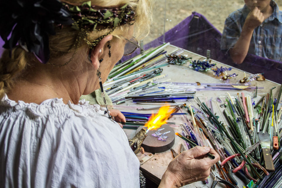 9-12 Features- RenFest Glass (photo aw)