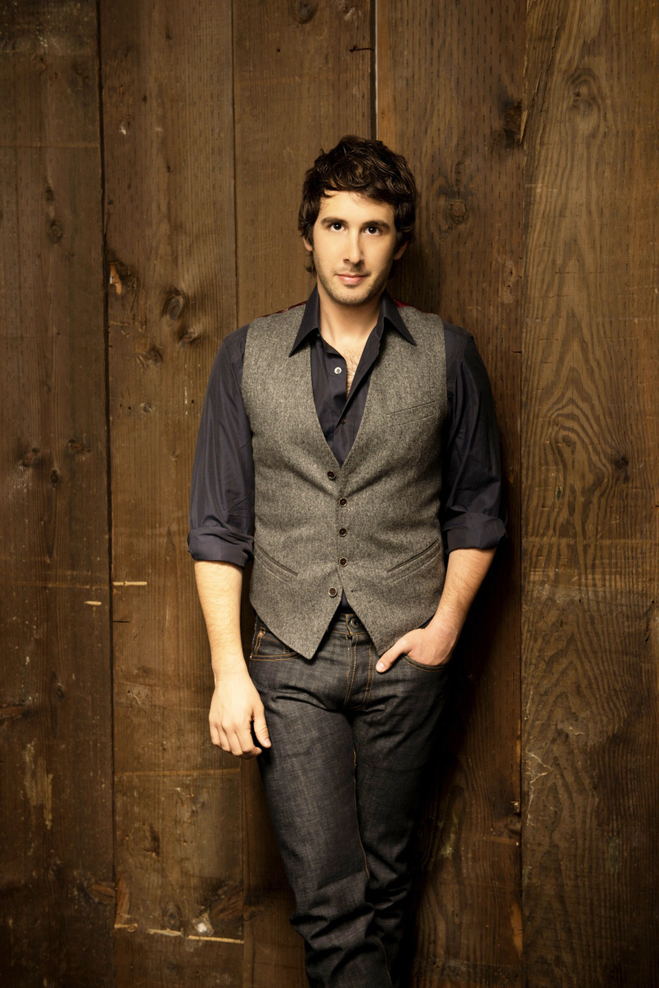A&E – Groban (Photo Credit Olaf Heine – Courtesty Warner Brothers Records)