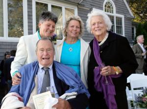 George H.W. Bush, Barbara Bush, Helen Thorgalsen, Bonnie Clement