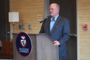 Photo by Jill Power | The Duquesne Duke. Music school dean Seth Beckman speaks at a welcome reception Sept. 2.