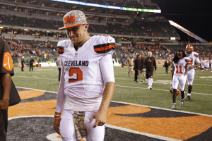 AP Photo - In this Nov. 5, 2015, file photo, Cleveland Browns quarterback Johnny Manziel walks off the field after the Browns lost 31-10 to the Cincinnati Bengals during an NFL football game in Cincinnati. The Browns said Tuesday, Feb. 9, 2016, that Manziel was diagnosed with a concussion late in the season by an independent neurologist, countering an NFL Network report they lied about the injury to cover up the troubled quarterback showing up intoxicated for practice.