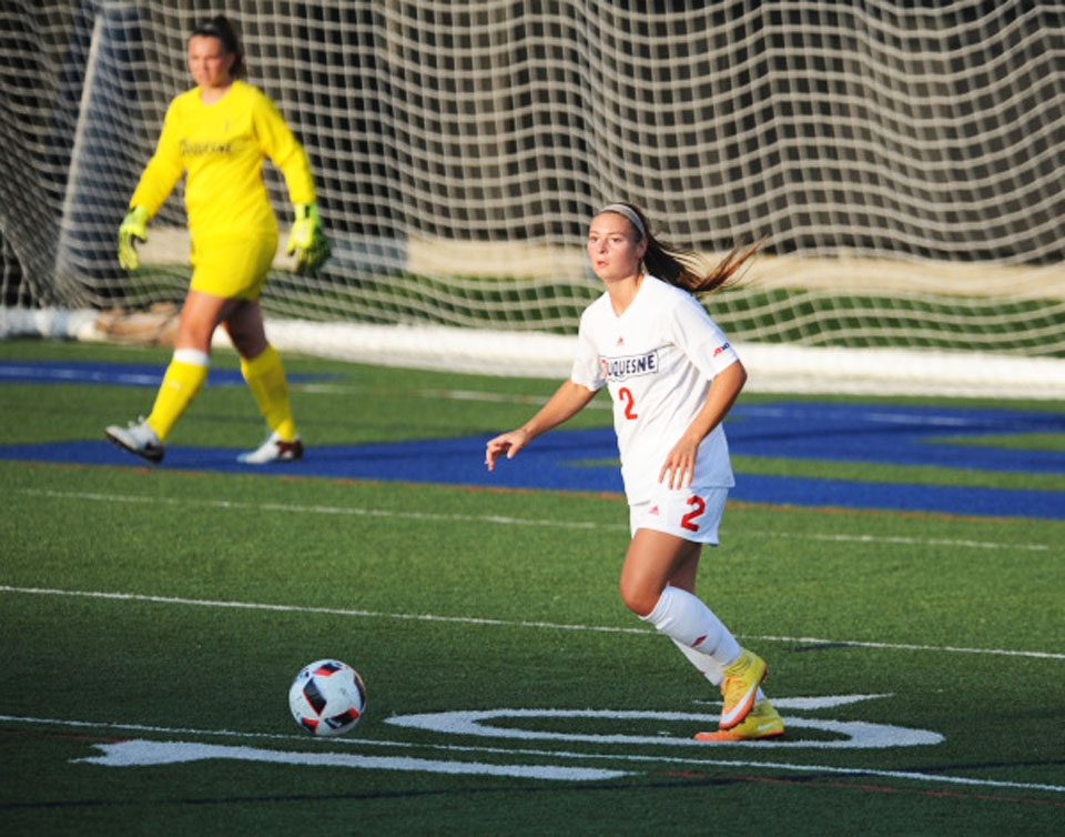 Sophomore defender Casey Aunkst recorded an assist Sunday night against the University of Pittsburgh in the Dukes 2-0 victory.