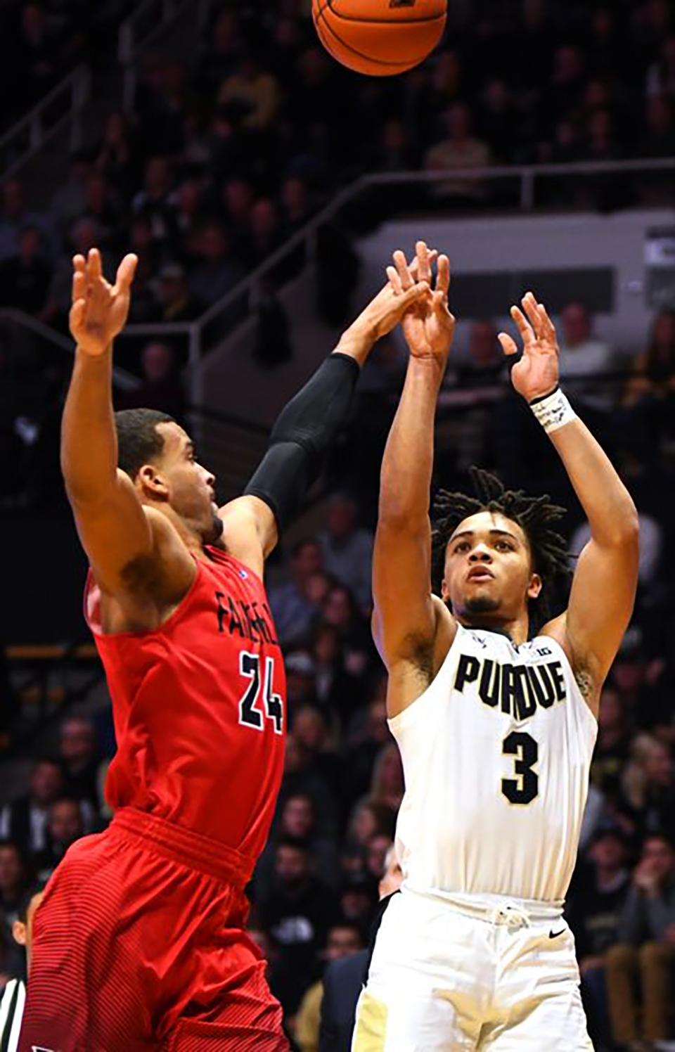 sports_carsen edwards journal & courier (ill.)