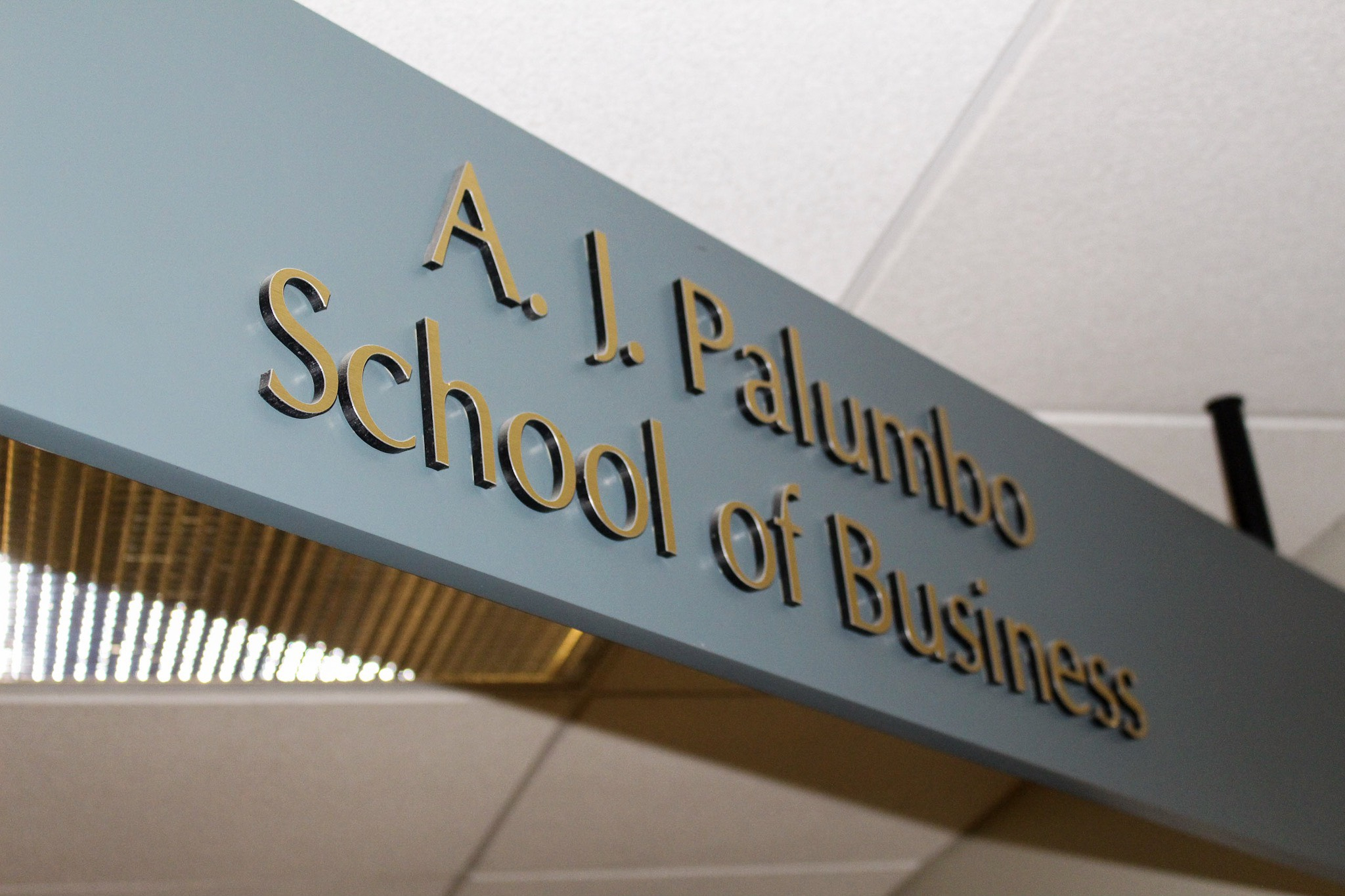 news_businessschool_kaitlynholtz